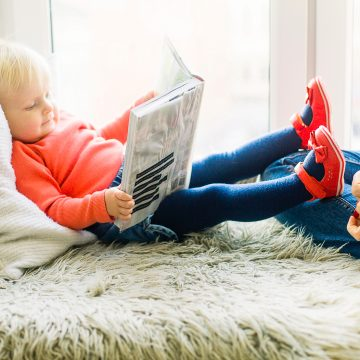 Pričanje priča i čitanje podstiču razvoj bebe, kao i razvoj vašeg odnosa