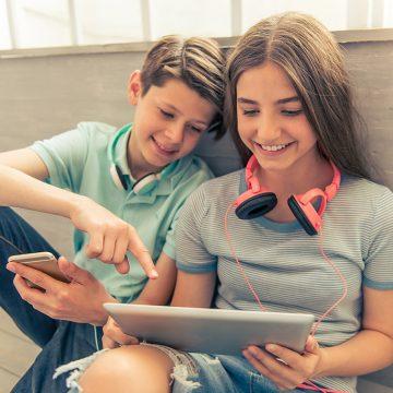 Tinejdžerske veze: zabavljanje i intimnost