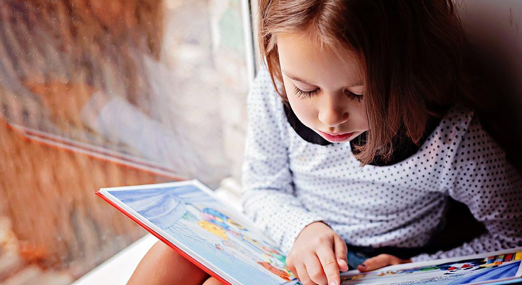 Razvoj pismenosti kroz igru i komunikaciju
