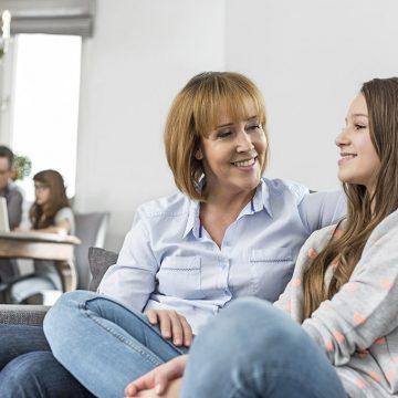 Podrška pozitivnom ponašanju (PBS – Positive Behaviour Support) koristi se za poboljšanje socijalnih, komunikacijskih i životnih veština i ponašanja kod ljudi sa poremećajem iz spektra autizma (PSA)