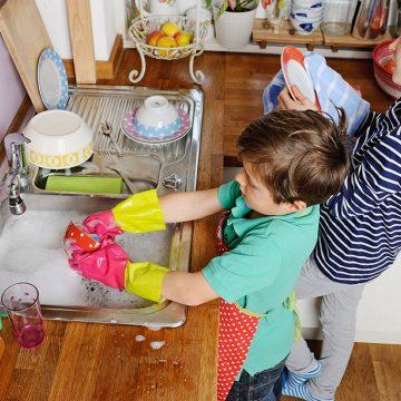 Deca i kućni poslovi