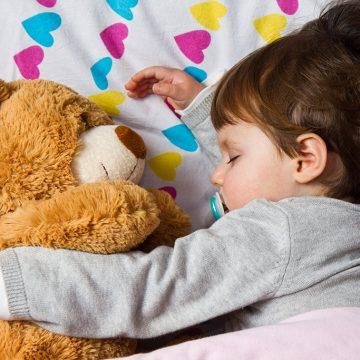 Sve što treba da znate o spavanju male dece