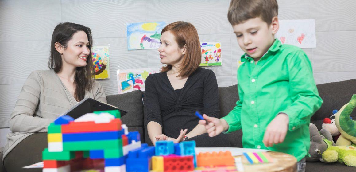 Porodična iskustva roditelja dece sa teškoćama u razvoju: Kako naša lična priča može da pokrene promene